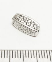 Floral pillar spacer beads x7. 12mm x 5mm. Silver